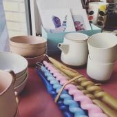 👉🏻 Nouveau 🤩🤩 Nous avons reçu notre mini collection céramique au design japonais. Résolument épurée, traditionnelle et intemporelle. Vous ne pourrez qu'y succomber 🎏 . Dispo dès maintenant en ligne et en boutique à Lion-sur-Mer. ⚠️ Petite quantité . #teatime #coffee #designjapan #ceramics #vintagestyle #retrostyle #decoretro #decovintage #vaisselle #vaissellevintage #vaisselleceramique #japan #tradition #decorationinterieur #boutiquedeco #boutiquecadeaux #lionsurmer #caenlamer #igerscaen #sefaireplaisir
